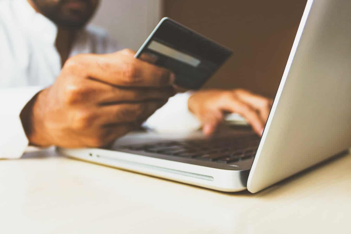 płatność kartą w e-commerce
